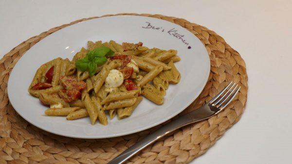 Basilikum Tomate Mozzarella