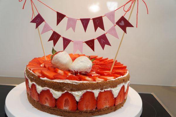 Erdbeer Milchschnitten Torte