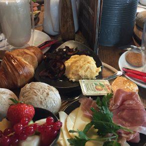 Frühstück im Hollys Konstanz