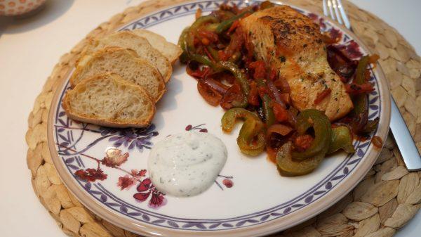 Lachs auf Gemüsebett