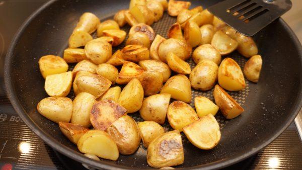 Kartoffel-Paprika-Feta-Pfanne