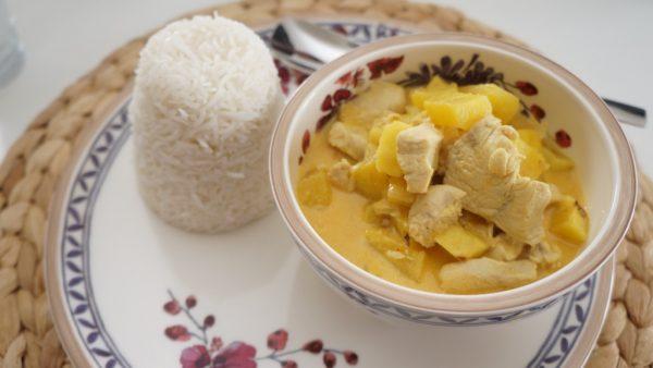 Chicken Curry mit Ananas