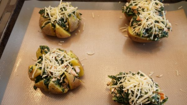 Ofenkartoffeln mit Spinat & Lachs